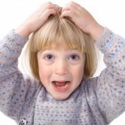 Как лечить педикулез у детей? Смогут ли помочь народные средства?