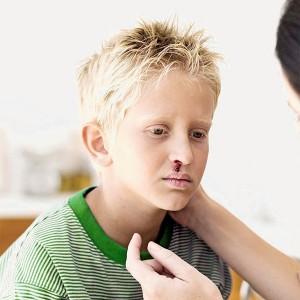 Кровь из носа у подростка